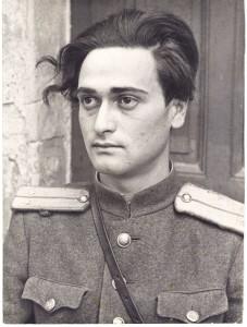 Vladimir Gelfand, ca. 1945. Mit freundlicher Erlaubnis von Vitaly Gelfand, Vladimirs Sohn. Original: http://www.gelfand.de/foto/original/101.jpg.